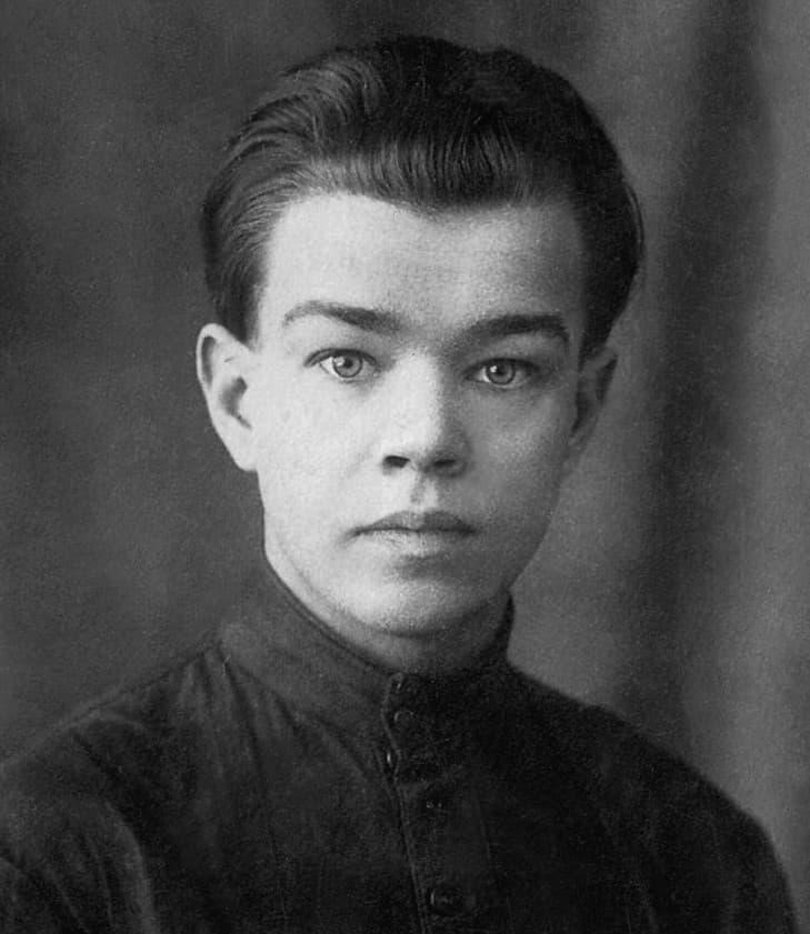 Эссе «Рано ушедший гений» к 100-летию поэта Василия Кубанева