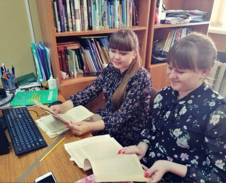 Студенты филологического факультета КГУ прошли практику в Литературном музее